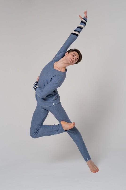 Кардиган серо-голубой с полосками